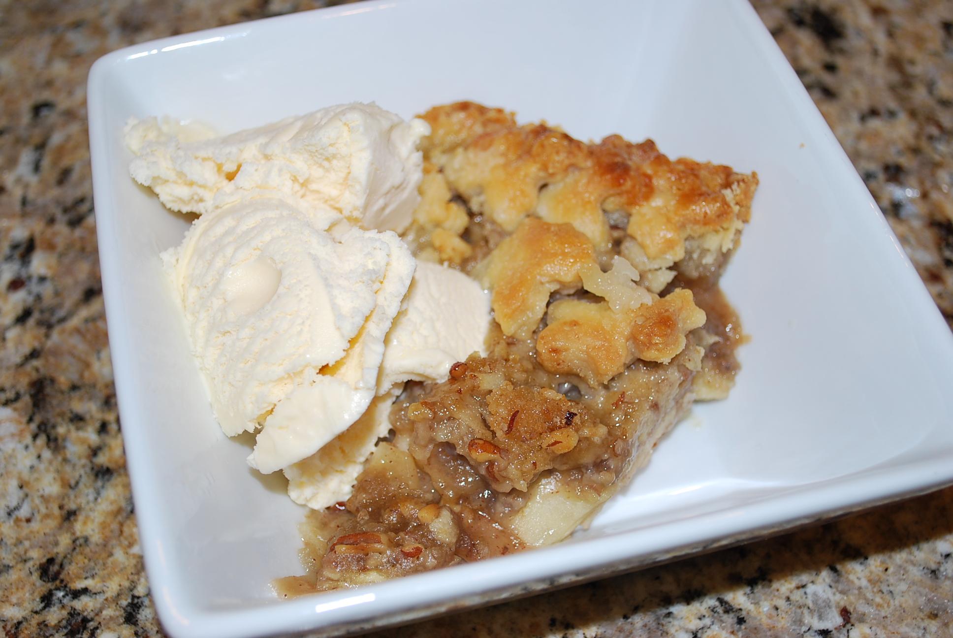 Karas Cakery Blog › thanksgiving apple pie